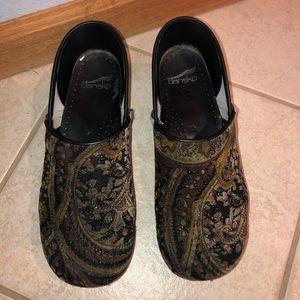 Dansko Shoes(best offer)